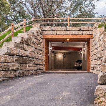 Twin Oaks Road Residence