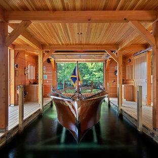 Idée de décoration pour un hangar à bateaux chalet.