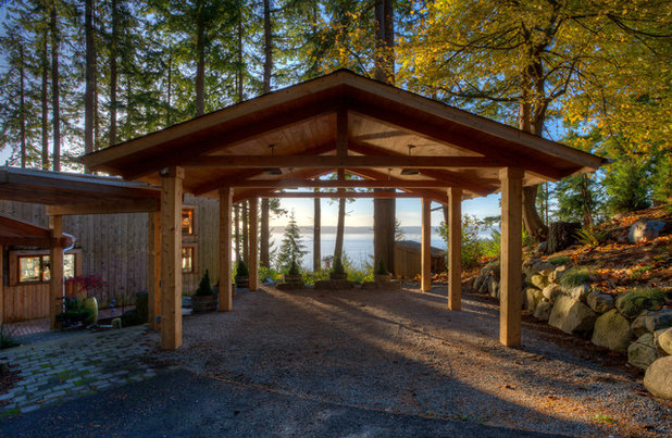 Beach Style Garage by Dan Nelson, Designs Northwest Architects