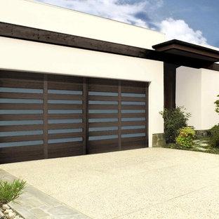 Cette photo montre un garage moderne.