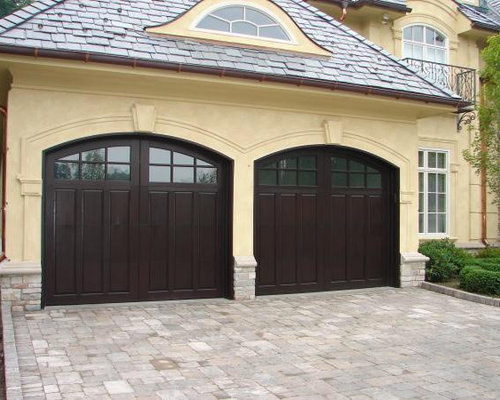 Traditional calgary garage and granny flat design ideas for Garage with granny flat on top