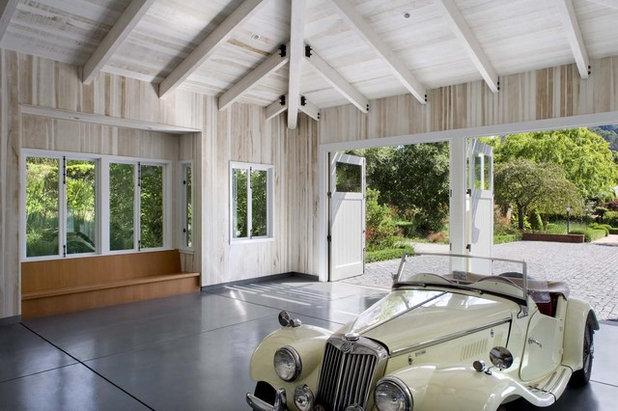 トランジショナル ガレージ by Cathy Schwabe Architecture