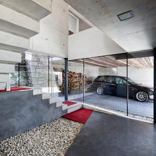 Bild på en mellanstor industriell tillbyggd tvåbils garage och förråd