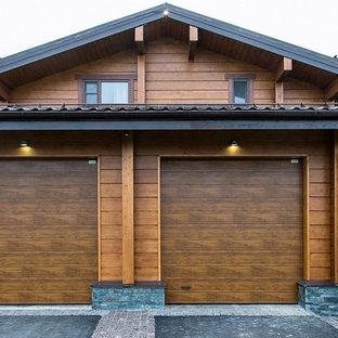 На фото: гаражи в стиле рустика для двух машин