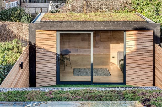 Skandinavisch Gartenhaus by JLB Property Developments