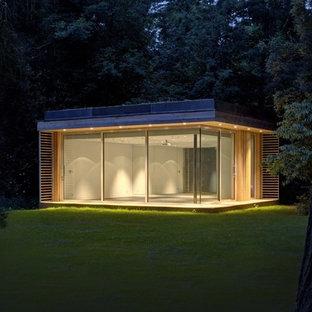 オックスフォードシャーの独立型コンテンポラリースタイルのおしゃれなスタジオ・作業場の写真