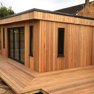 Photo of a contemporary shed and granny flat in Essex.