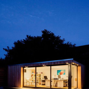 Photo of a mid-sized contemporary shed and granny flat in Cheshire.