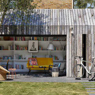 This is an example of a small scandinavian detached office/studio/workshop in London.