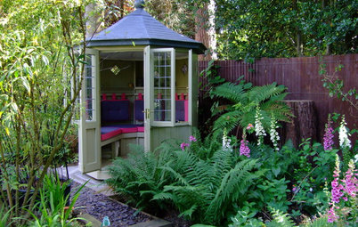 7 Summerhouses for Gardens of All Sizes