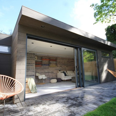 Studio / workshop shed - mid-sized contemporary detached studio / workshop shed idea in Surrey