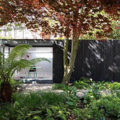 Studio / workshop shed - contemporary detached studio / workshop shed idea in London