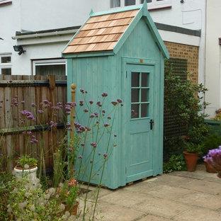 Idéer för ett litet modernt trädgårdsskjul