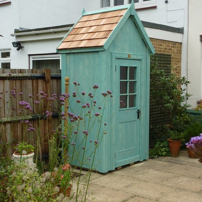 Inspiration for a small contemporary garden shed remodel in West Midlands