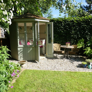 Medium sized traditional detached garden shed and building in Hertfordshire.