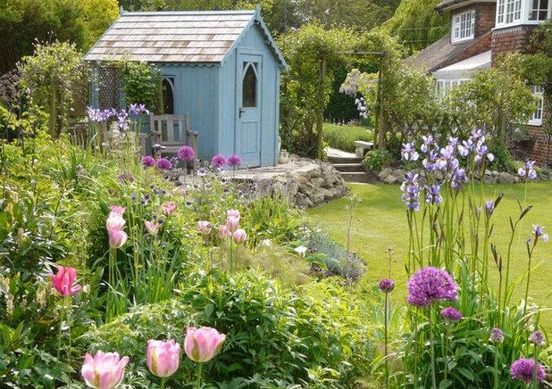 トラディショナル 物置・庭小屋 Traditional Garden Shed And Building