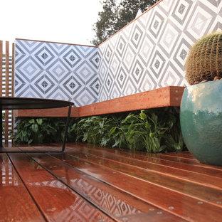 Immagine di un piccolo giardino design esposto a mezz'ombra sul tetto