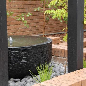 A Compact Zen Garden - BULLEEN