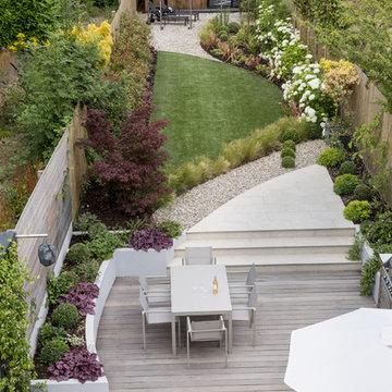 A contemporary curved designer garden