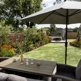 Photo of a medium sized contemporary back full sun garden in London.