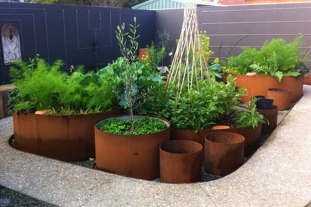Eklektisch Garten by sustainable garden design perth