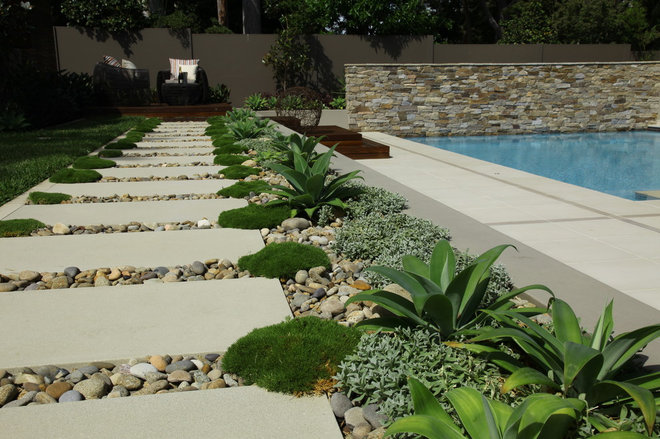 Contemporary Landscape by Impressions Landscape - Design