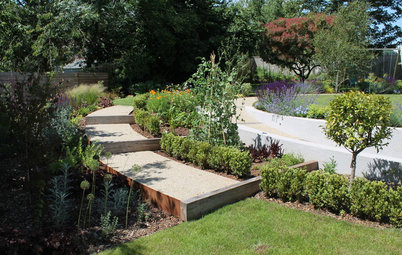 Before & After: A Curvy UK Garden Design That's Accessible to All