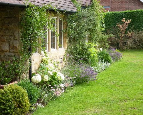 884 Farmhouse Front Yard Landscape Design Ideas & Remodel ... on Farmhouse Yard Ideas id=68971