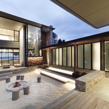 Beach House at Avoca Beach by Architecture Saville Isaacs