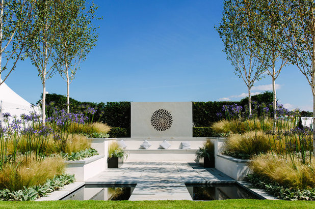 Mediterranean Garden by London Stone