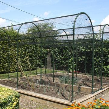 Bespoke Roman Arch Steel Fruit Cage - Oxfordshire