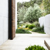Garden Tour: A Coastal Home With an Easy-Care Outdoor Lifestyle