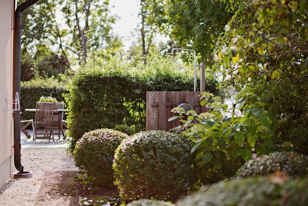 Skandinavisk Trädgård by Blackbird Garden Architects