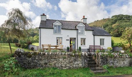 Houzz Tour: An Old Welsh Cottage Gets a Sensitive Renovation