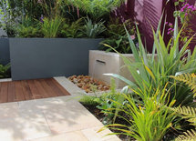 The large Planters are they made in Ireland
