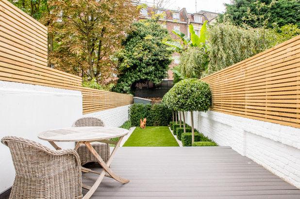 Современная классика Сад by Honor Holmes Garden Design