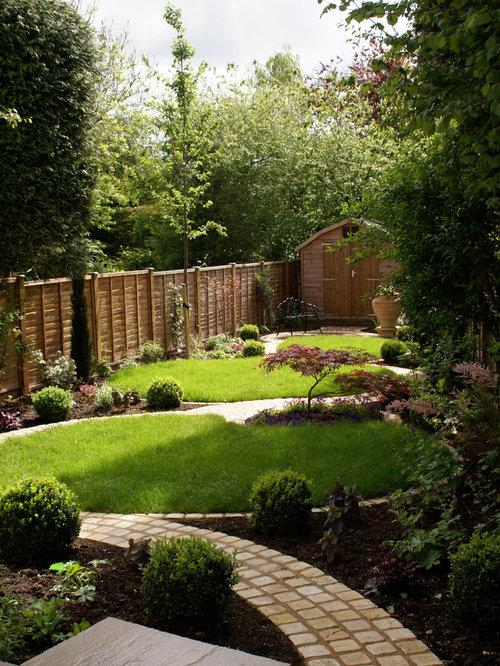Rectangular garden houzz for Rectangular garden design