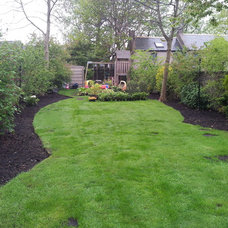 Traditional Landscape by Heather Dale Garden Design