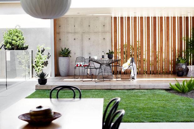 Modern Garten by Harrison's Landscaping