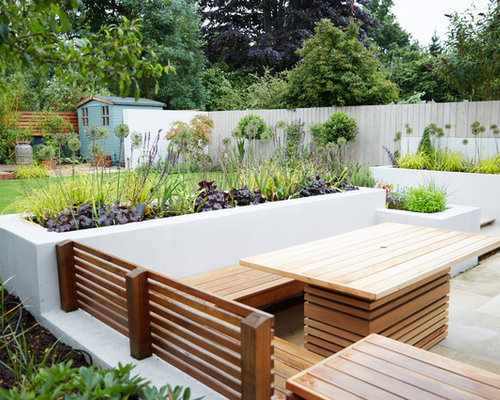 Inspiration For A Medium Sized Contemporary Back Garden In Hertfordshire.