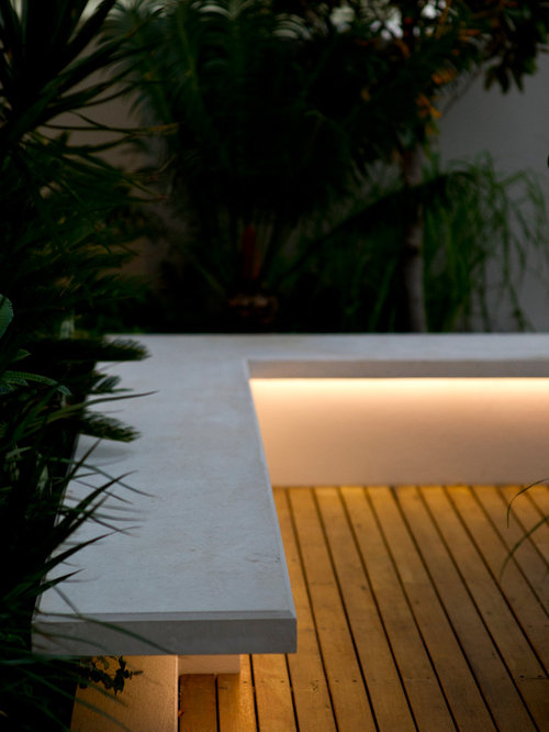 under bench lighting houzz