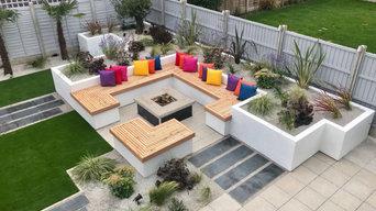 Contemporary Party Garden