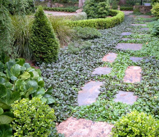 Классический Сад by Arthur Lathouris Garden Designer