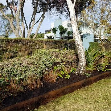 Cottage Garden Raised Garden Beds