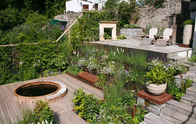 A Contemporary Cottage Garden Sprouts From a Steeply Sloped Lot