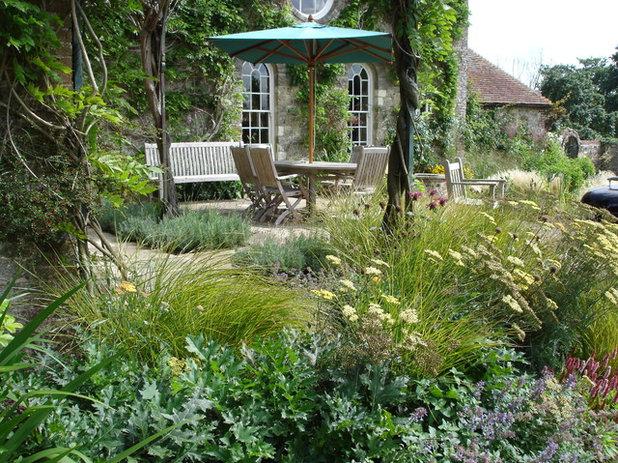 Country Garden by Ann-Marie Powell Gardens Ltd