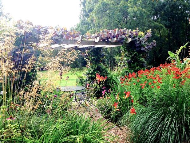 Кантри Сад by Ann-Marie Powell Gardens Ltd