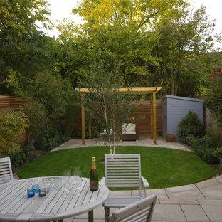 Courtyard garden for a victorian house