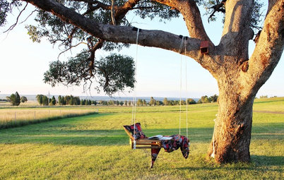 Dream Spaces: Wouldn't you Just Love a Grown-up Garden Swing?