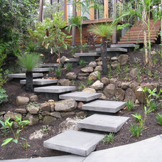 Contemporary Landscape by Living Style Landscapes